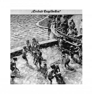 A water-playground Wasserschloss at Engelbecken in 1934.