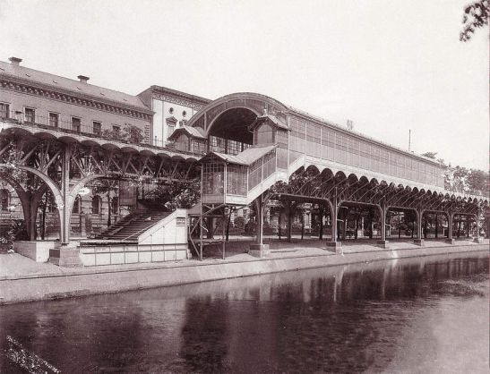 Möckernbrücke Station in 1901/1902 (image by W. Titzenthaler, Landesarchiv).