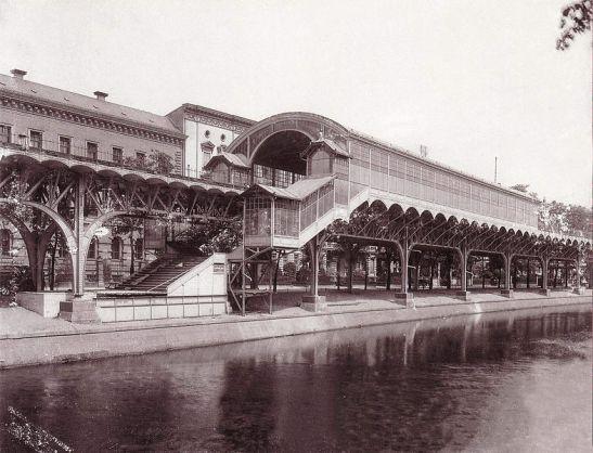 Möckernbrücke Station in 1901/1902 (image by W. Titzenthaler, Landesarchiv).