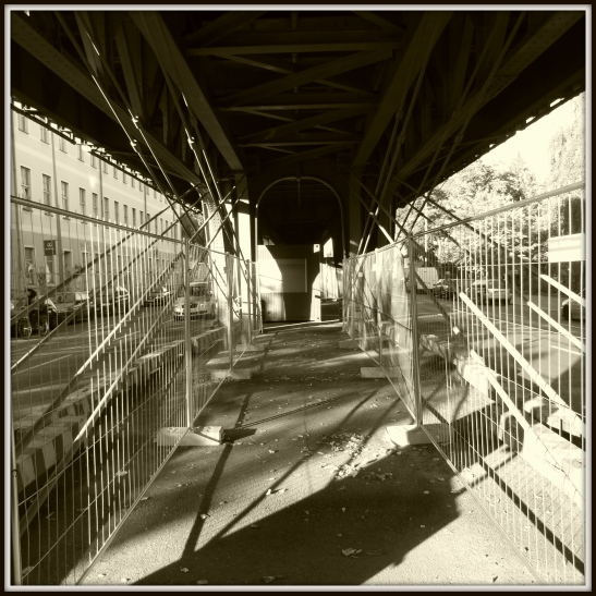 The journey continues - under the viaduct in Gitschiner Strasse and towards Hallesches Tor