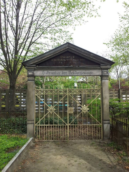 The original gate to one of the Bohemian parish cemetaries (photo: notmsparker)