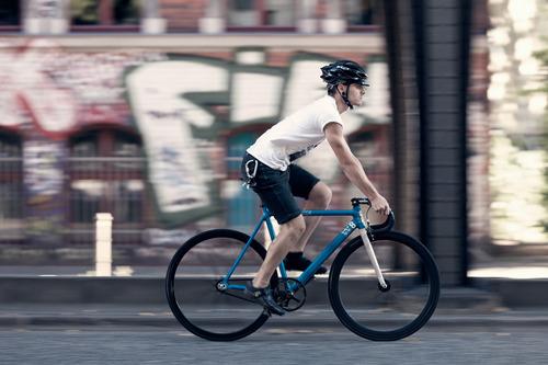 8bar KRZBERG V1 bike in action (photo: Constantin Gerlach)