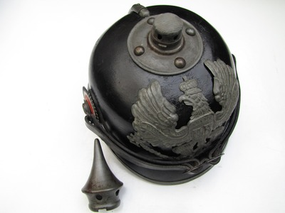 A typical Pickelhaube from 1915 (source: europeana1914-1918.eu)