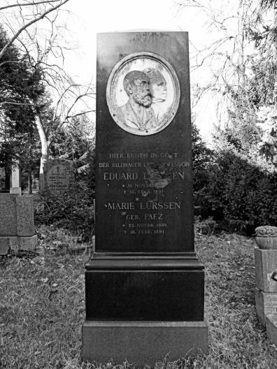 The grave of Eduard and Marie Lürssen in Berlin-Kreuzberg.