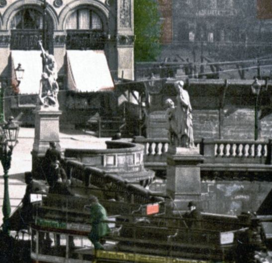 The only image of Lürssen´s Gewerbefleiß I was able to find (a strongly magnified detail of a 1900 picture).