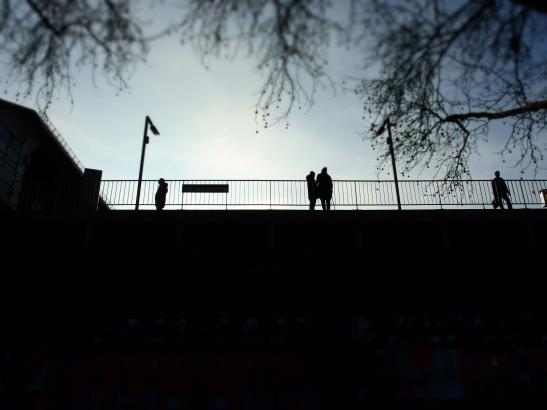 WAITING (photo: notmsparker)