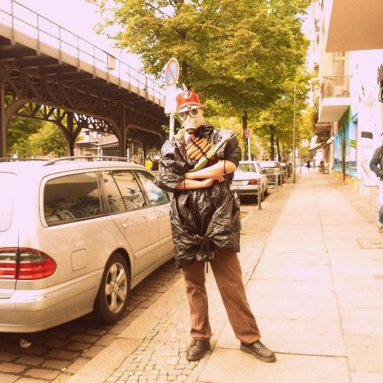 ALL GEARED-UP - WASSERSCHLACHT ON OBERBAUMBRÜCKE 2013 (photo: notmsparker)