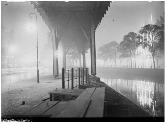 Berlin, U-Bahn viaduct at Landwehrkanal in October 1928 seen from the dir. Möckernbrücke  (photo: Willy Pragher through Staatsarchiv Freiburg http://www.landesarchiv-bw.de/plink/?f=5-94931-1)