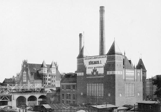 """The old Kühlhaus (Cold Store) I and Kühlhaus II built 1902 - 1905 between Trebbiner and Luckenwalderstrasse in Berlin-Kreuzberg (photo: """"Blätter für Architektur und Kunsthandwerk"""")"""