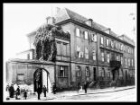 De Cuvry´s house in 1883 (he himself died in 1869 already), demolished onyl 6 years later.