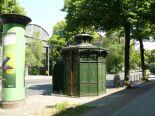 Original Cafe Achteck in Wiebestrasse, Berlin-Moabit (image by Peter Culey)
