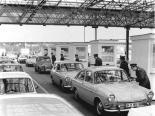 Border crossing Dreilinden-Drewitz was always a busy place (image by Hartmut Reiche)