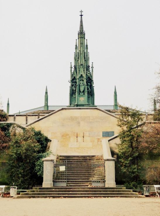 viktoria park denkmal 13.12 (9)