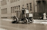 Hentschel´s invention on the streets of Berlin in 1910.