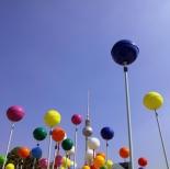 Schlossplatz Bubbles, Berlin (image by notmsparker)