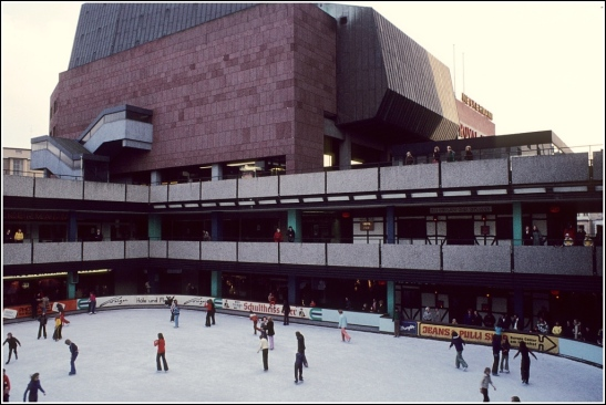 Ice-skating rink at the Europa Center in the 1970s (image by Helmut Seger)