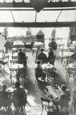 Das Romanische Cafe terrace in 1925