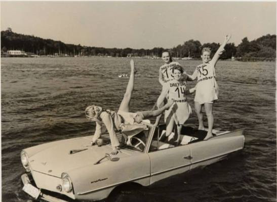 amphicar on the water berlin