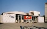 Kino Kosmos in Karl-Marx-Allee.