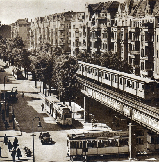 Schönhauser Allee traffic in the late 1930s / early 1940s