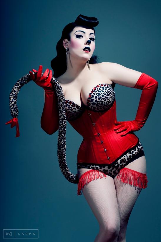 Polish burlesque artist, Betty Q (image by Tatiana Hajduk at LARMO)