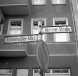 Berlin 27.11.1968 Schönhauser Allee / Berliner Straße in Berlin-Prenzlauer Berg. (image by Klaus Morgenstern)