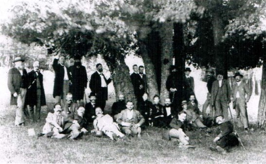 Members of Berlin Historical Society during a field trip to Prenzlau und Boitzenburg in July of 1887 (image by F.A. Schwartz).