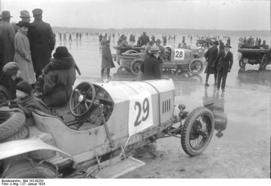 Image: Bundesarchiv through großstadt-geschichten.de