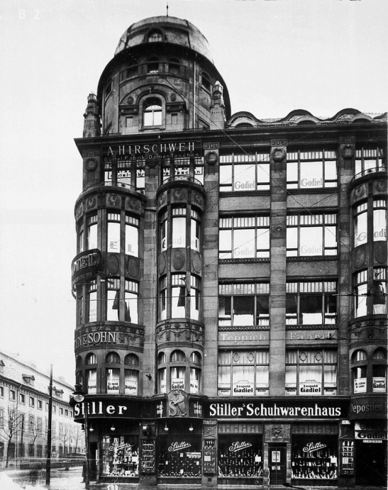 Gadiel & Co Department Store, Königgratzer Strasse 22, 1927.