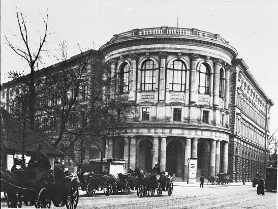 Museum für Völkerkunder (Ethnological Museum) on the corner of Prinz-Albrecht-Strasse (Niederkirchnerstrasse today) and Königgratzer Strasse (Stresemannstrasse now) in mid-1890s.