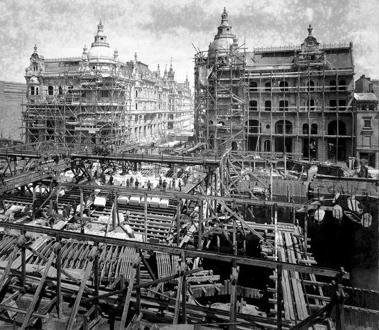 Berlin, Mitte - Construction works on the Kaiser-Wilhelm bridge Liebknechtbrücke are underway, 1887