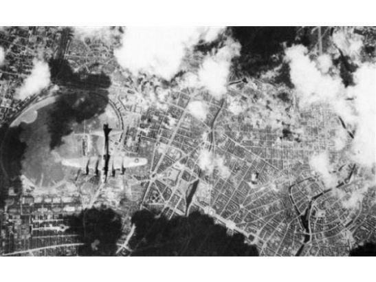 april 29, 1944 air-raid b-14 and b-24 liberator over berlin urbanhafen seen