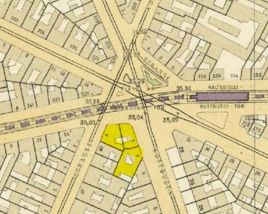 Straube.Plan of Berlin 1910 showing the location of the two buildings in the middle of Pragher´s photo.