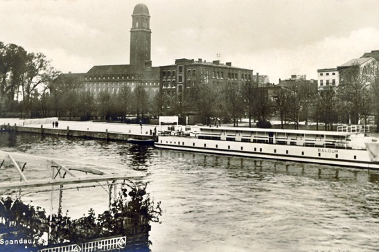 City Hall of Spandau in at the Havel in 1932.