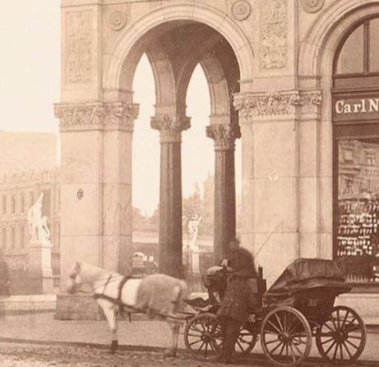 """The western """"Magistratsklavier"""" at Hallesches Tor captured in 1880 by Hermann Rückwardt (image through Architekturmuseum, TU Berlin)"""