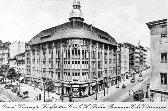 Jandorf´s old department store as Union Vereinigten Kaufstätten in 1938 (image through brunennstrasse.de)