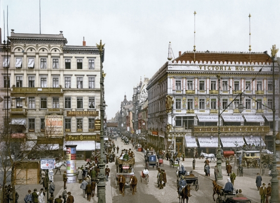 Unter den Linden and Cafe Viktoria around 1900