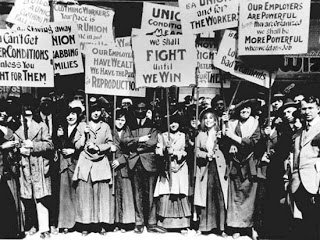 US women protesting in 1908 in New York.